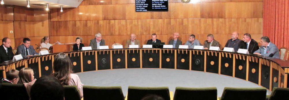 Paks: eskütétel, megyei jogú városi rangot kér Paks