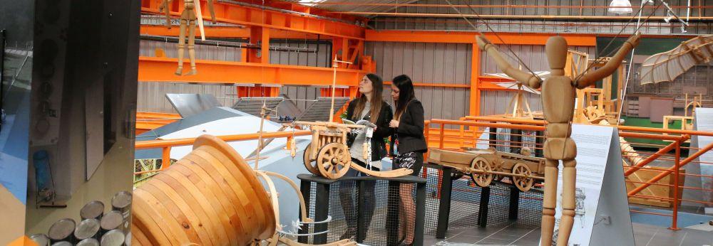 Hogyan kerül Leonardo az atomerőmű múzeumába?