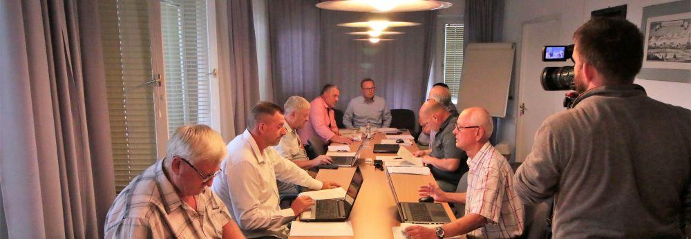 Rendeletek, támogatások, személyi kérdések az önkormányzat ülésén