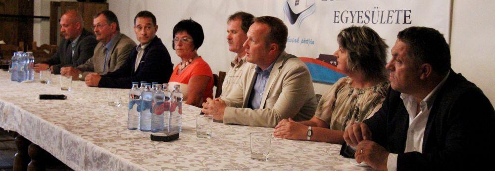 Bemutatkoztak a Lokálpatrióták önkormányzati képviselőjelöltjei