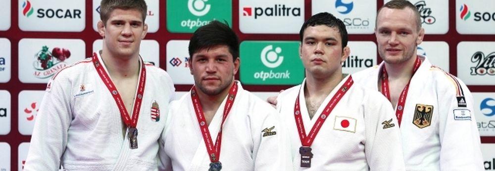 Cirjenics ezüstérmes Bakuban