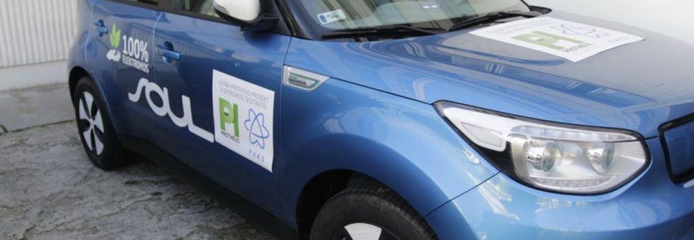 Pályázat taxizáshoz, elektromos tesztautóval