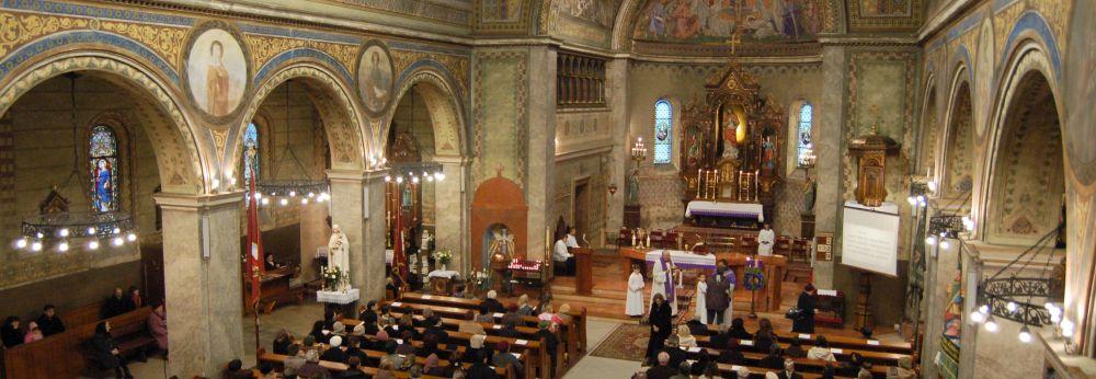 A megyei értékek között a Jézus Szíve római katolikus templom