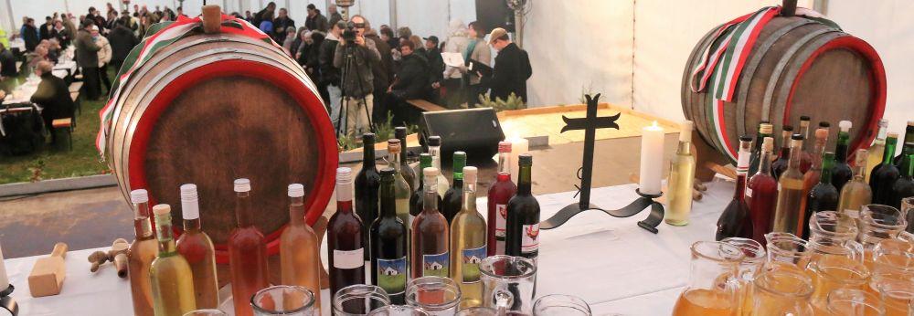 Sárgödör tér: Márton napi Liba ünnep, újboráldás